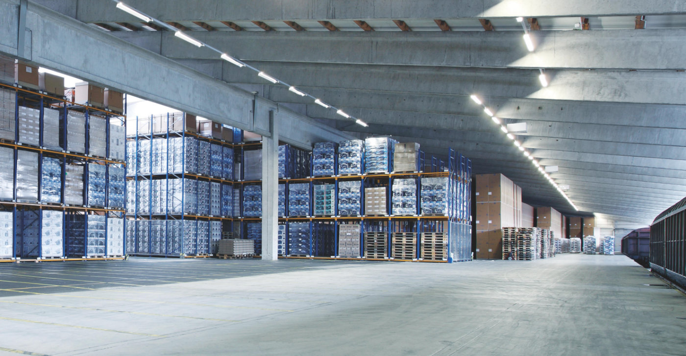 Светодиодные светильники Ledvance для склада